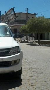 CARRO-ENERGISA-169x300 Em Monteiro: Motociclista fica ferido após colidir com carro