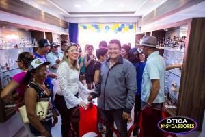 12336445_10205728558756350_767582763_n-300x200 Ótica Nossa Senhora das Dores inaugura nova loja em Sumé