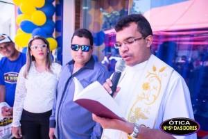 12358331_10205728558436342_2119678919_n-300x200 Ótica Nossa Senhora das Dores inaugura nova loja em Sumé