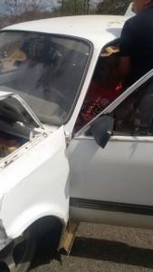 12395233_10205795390547103_1959655719_n-169x300 Exclusivo: Carro bate na traseira de carro de Som e deixa um ferido em Monteiro