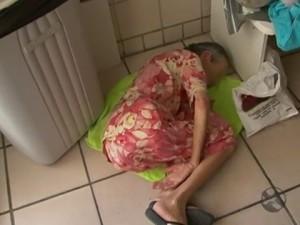 4647550_x360-300x225 Em Arcorverde PE: Dengue superlota hospital e idosa aguarda atendimento deitada no chão