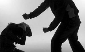 536911882-agressao-mulher-300x183 Homem é preso suspeito de espancar enteada de um ano, no Cariri