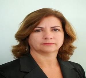 Christianne-2-300x270 Vereadora Christiane Leal solicita pavimentação de ruas em Monteiro