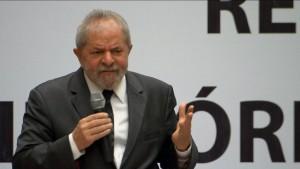 Lula-300x169 Polícia Federal põe 18 vezes nome de Lula em interrogatório de Bumlai