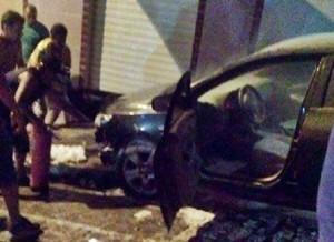 carro-300x218 Carro do ex-prefeito de Soledade é incendiado por vândalos