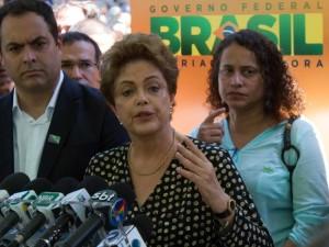 dilma-300x225 Dilma diz 'esperar integral confiança' de Michel Temer contra impeachment