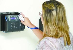 ponto.eletronico-300x206 Em audiência pública, MPF cobra implantação de ponto eletrônico a municípios do Cariri