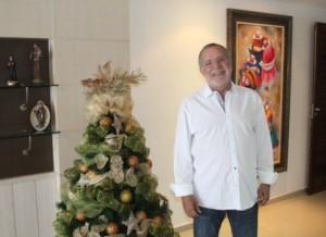 timthumb-4-1-300x218 Carlos Batinga emite mensagem de fim de ano ao paraibanos(24/Dez/2015)