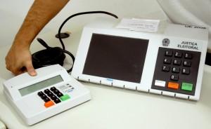 urna-300x184 Cadastramento biométrico atinge 60% da meta, mas ainda não terminou na Paraíba
