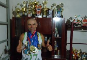 12545839_785780894861869_1144677103_o-300x205 Uma lenda viva do atletismo Paraibano.