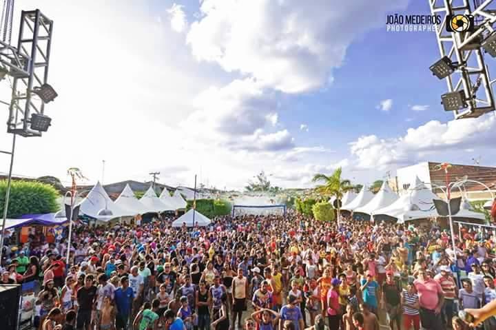 12552581_930992973651118_4189352186690132130_n Prefeitura de São João do Tigre divulga programação de Carnaval 2016