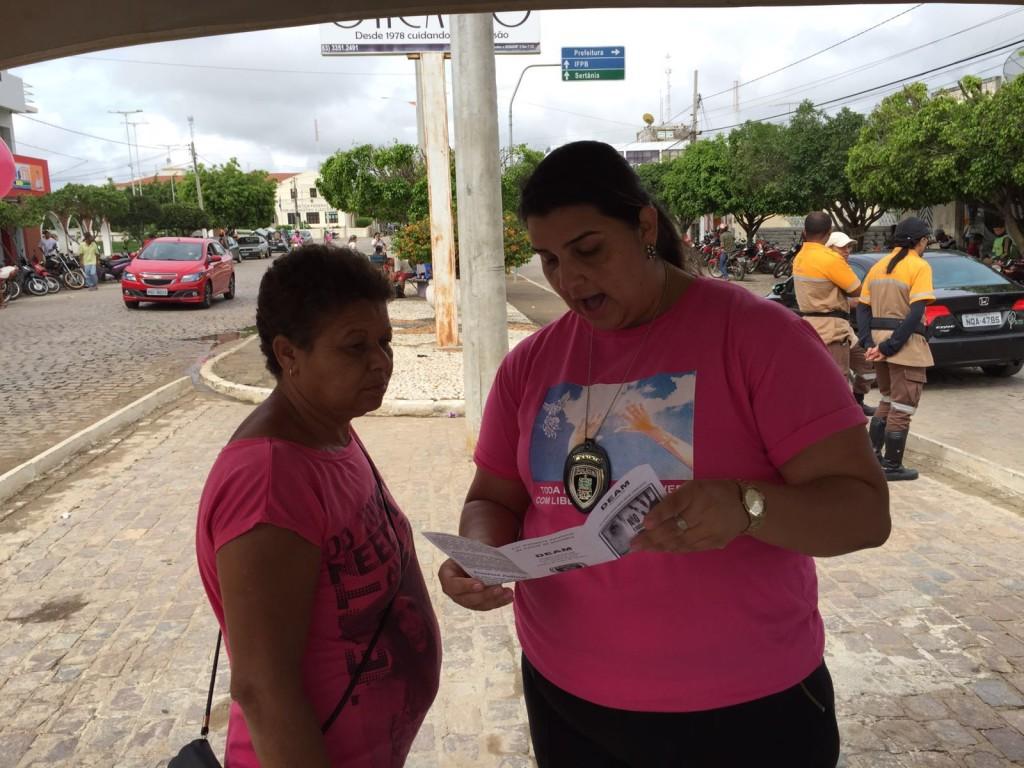 20160124033911-1-1024x768 Delegacia da Mulher de Monteiro realiza ações de prevenção à violência