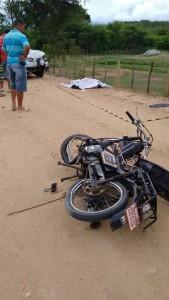 ac5-169x300 Acidente deixa vítima fatal na Zona rural de Monteiro