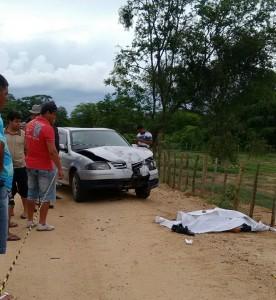 ac6-276x300 Acidente deixa vítima fatal na Zona rural de Monteiro