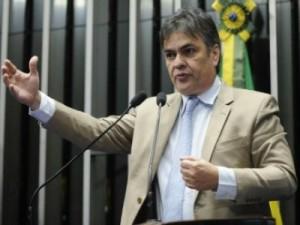 """cassio-300x225 Procurador-geral rebate declarações de Cássio e diz que gestão tucana """"foi um desastre"""""""