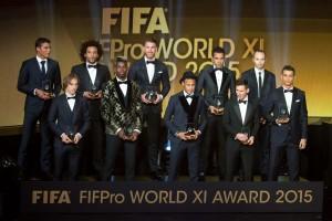 selecaofifaphilippschimidli-300x200 Fifa anuncia seleção de 2015 com quatro brasileiros na lista