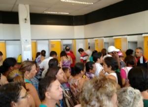 timthumb-2-1-300x218 MONTEIRO: Clientes reclamam da demora ao atendimento no Banco do Brasil