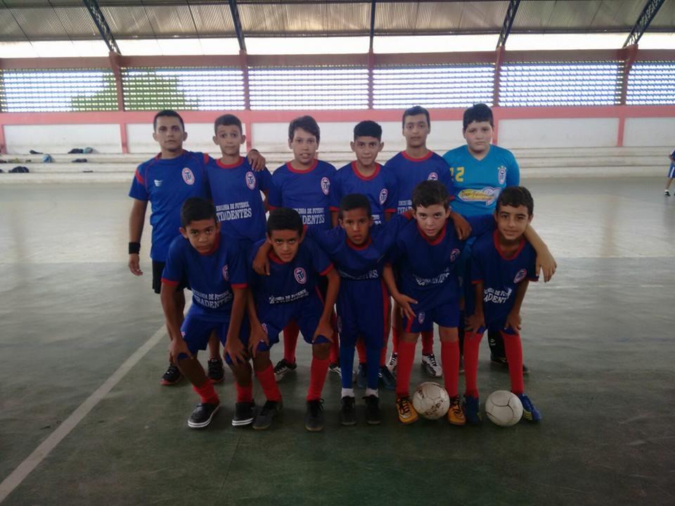 12573849_1154106941296543_4396630665573126663_n Tiradentes é Campeão da 1ªTaça Tiradentes de Futsal
