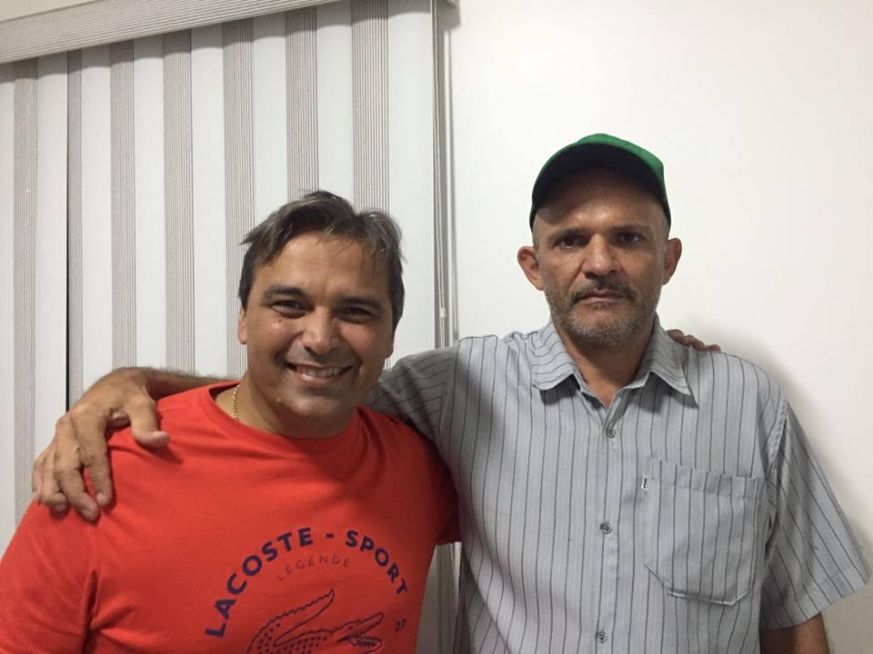 12788303_10206223172241378_1062991601_n-300x225 Luciano Gordo reivindica construção de poços artesianos para atender comunidades no município de Amparo