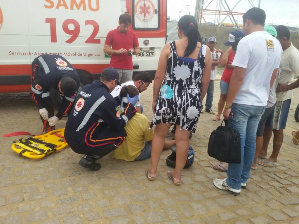 20160216065819-1024x768 Exclusivo: Em Monteiro Policial Civil atropela motociclista