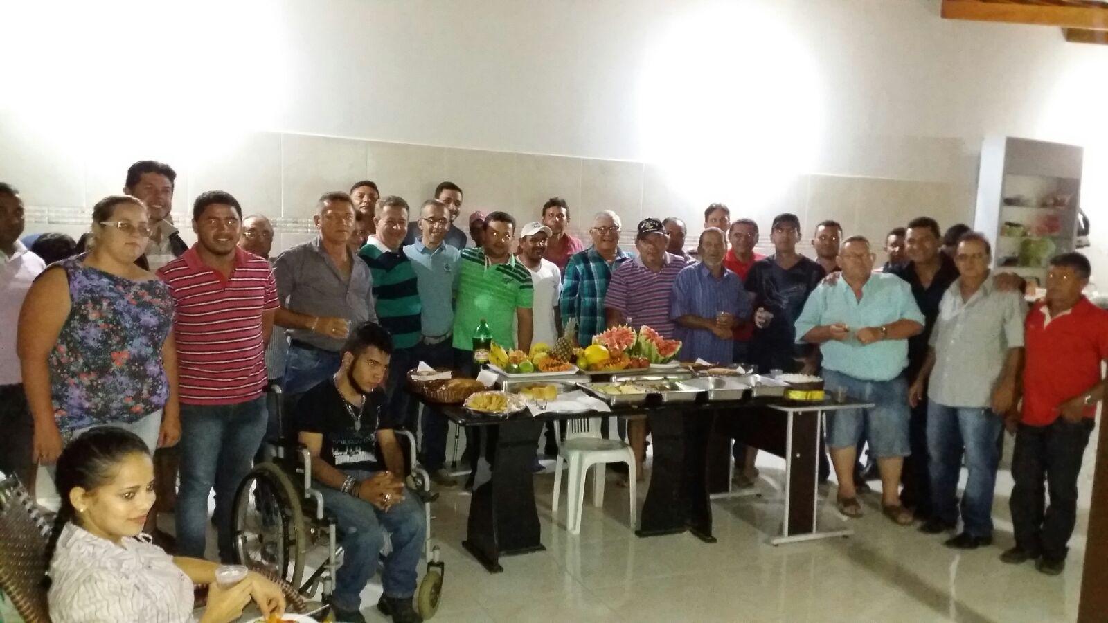 20160221035939 Ex-Deputado, vereadores e lideranças consolidam apoio à pré-candidatura de Paulo Sergio a prefeito de Monteiro.
