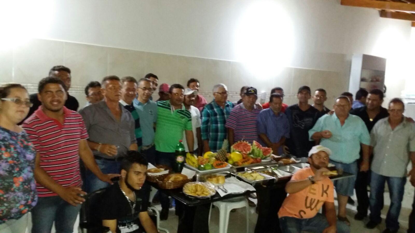 20160221035946 Ex-Deputado, vereadores e lideranças consolidam apoio à pré-candidatura de Paulo Sergio a prefeito de Monteiro.