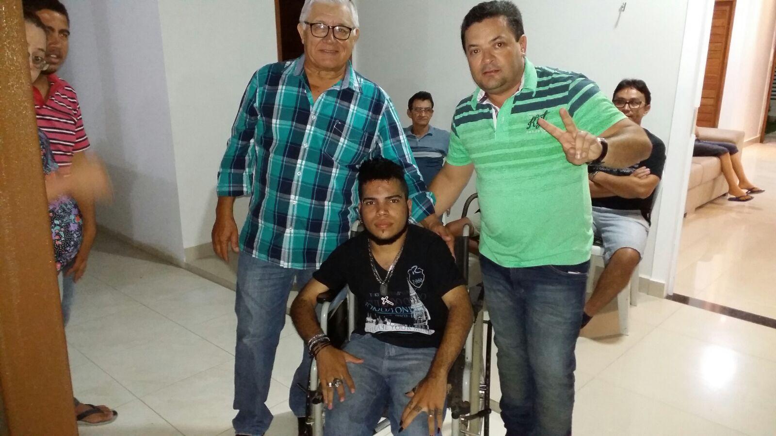 20160221040009 Ex-Deputado, vereadores e lideranças consolidam apoio à pré-candidatura de Paulo Sergio a prefeito de Monteiro.