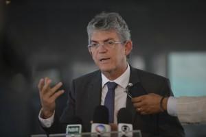 """ricardo-300x200 RC acusa Cássio de falar mal da PB e justifica suspensão da data-base: """"O estado não pode pagar"""""""