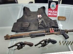 16289836280003622710000-300x225 Polícia procura terceiro suspeito de participar de roubo com sequestro de gerente na PB