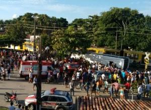 201603010759020000008568-300x219 Hospital confirma morte de quarta vítima de acidente entre ônibus e trem