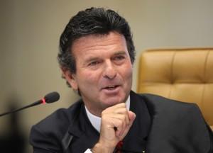 Fux-300x216 Ministro do STF nega pedido sobre posse de Lula no governo