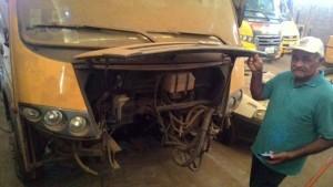f30c22c3-49d9-4bd4-ad2c-59b16a8a782f-300x169 Vereador denuncia sucateamento de Ônibus Escolar no município da Prata