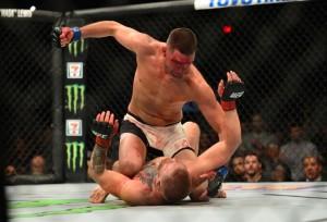 l12_mcgregor_x_diaz0730-300x204 Diaz resiste a castigo, finaliza Conor McGregor e atrapalha planos do UFC