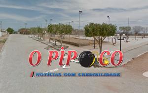 praça-dos-poemas-2-300x190 Em Monteiro: Jovens tem celulares roubados em praça