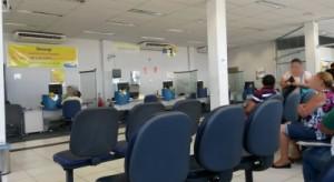 thumbs-2-300x164 Cliente espera mais de 3h:00min em fila para ser atendido no Banco do Brasil de Monteiro