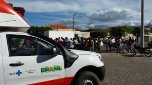 12903974_10206552077983816_855028519_o-300x169 Colisão entre motos deixa uma pessoa ferida em Monteiro
