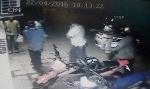 13055559_815145328587334_2572667137213911428_n-300x179-300x179 Dois homens armados assaltam Farmácia em Sumé