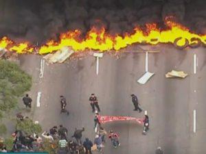 1461844440666-mtst-300x225 MTST bloqueia rodovias e avenidas em SP contra o impeachment