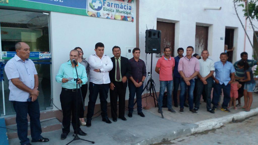 20160428_171716-1024x576 Farmácia básica é inaugurada em São João do Tigre
