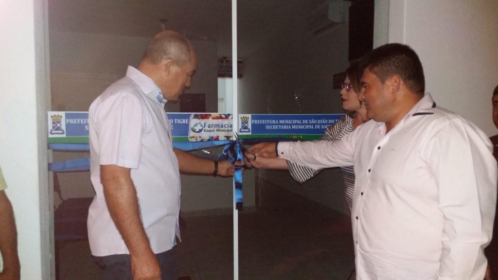 20160428_183914-1-1024x576 Farmácia básica é inaugurada em São João do Tigre