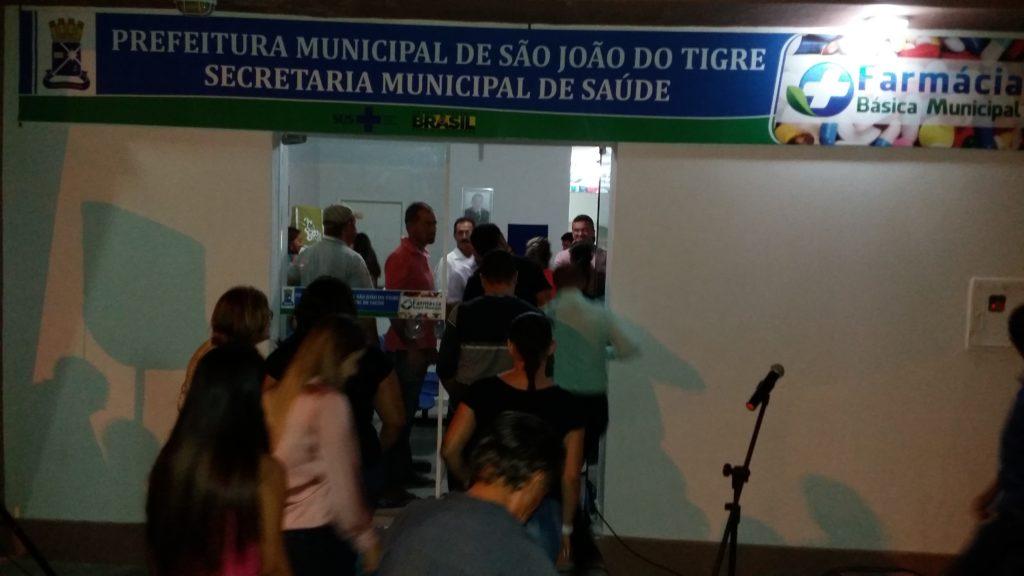 20160428_183958-1024x576 Farmácia básica é inaugurada em São João do Tigre