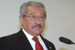 jose_targino_maranhao_foto-divulgacao-300x200 José Maranhão deixa comissão do impeachment da presidente Dilma