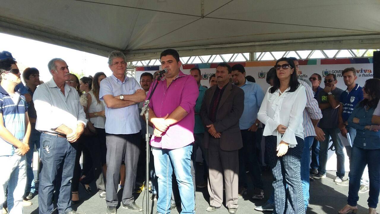 13161049_10206778759650716_580803073_o Célio Barbosa inaugura rodovia ao lado de Ricardo Coutinho e Adriano Galdino