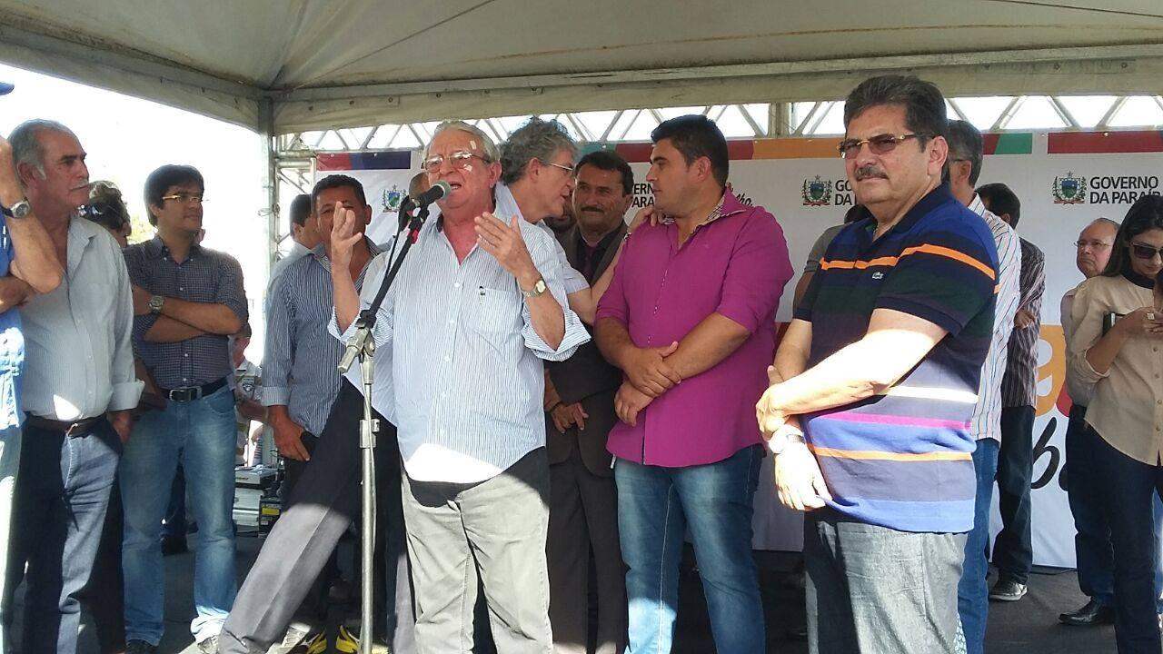 13170600_10206778760170729_938175583_o Célio Barbosa inaugura rodovia ao lado de Ricardo Coutinho e Adriano Galdino