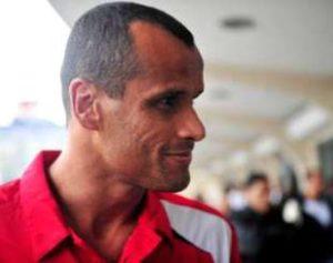 Rivaldo-1-300x237 Após crime no RJ, Rivaldo pede para que não venham ao Brasil