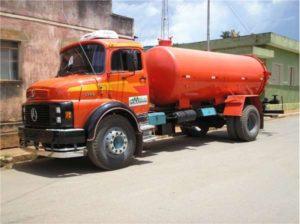 camihao-pipa-300x224 Em Monteiro: Bateria automotiva é furtada de caminhão Pipa