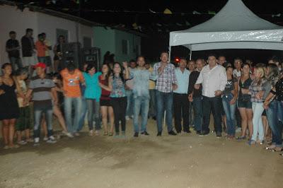 DSC_6516 Prefeito Célio Barbosa entrega oficialmente conjunto habitacional em São João do Tigre