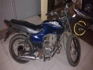 moto-roubada-300x225 Moto roubada é recuperada pela Polícia Militar, em Monteiro