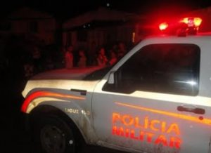 timthumb.php_-300x218 Homem é preso em flagrante e autuado em vários crimes em Serra Branca