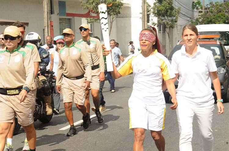20160514210445584198a-300x198 Paratletas mineiros participam do revezamento da tocha olímpica em Belo Horizonte